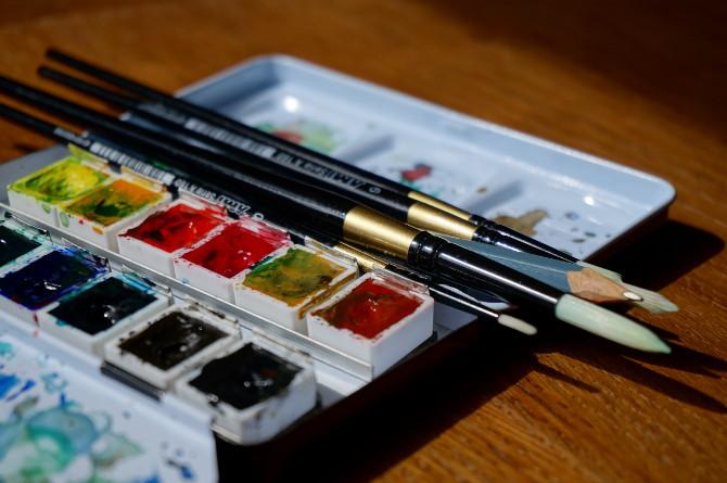malování - akvarelové barvy a štetce