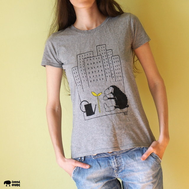 ručně malované triko černá ovec – město