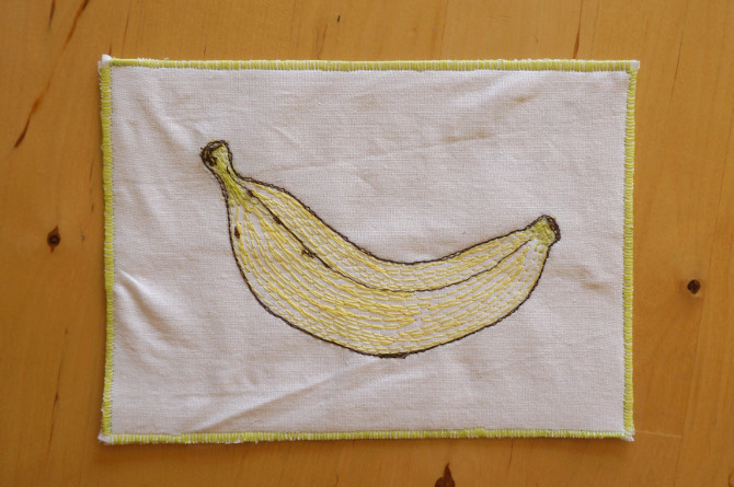 výšivka pohlednice banán