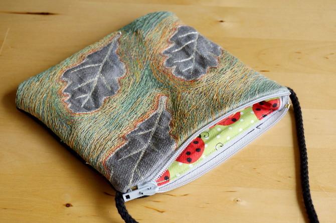 kabelka s výšivkou - dubové listy