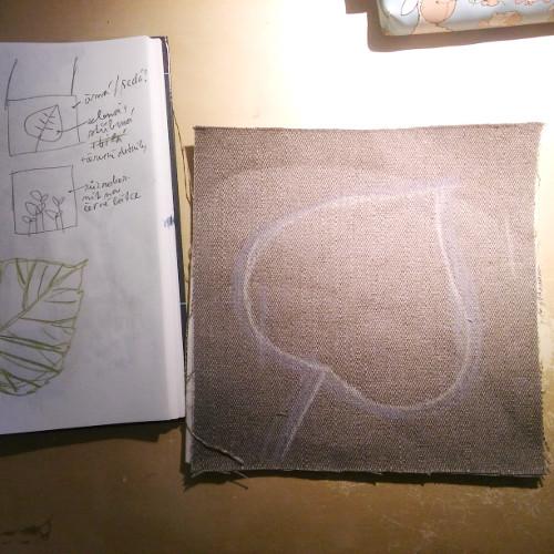 šití, výšivka, lipový list