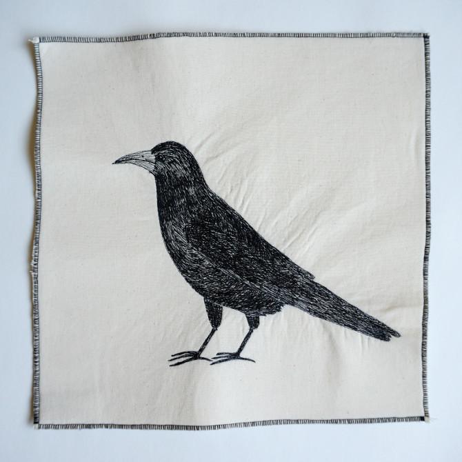 vyšívaný obraz na stroji - havran - the raven embroidery