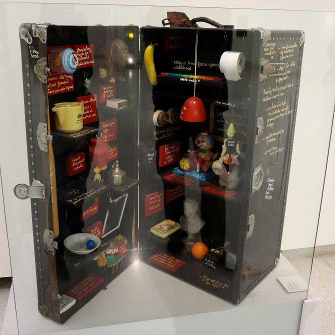 Ben Vautier: Magická skříňka